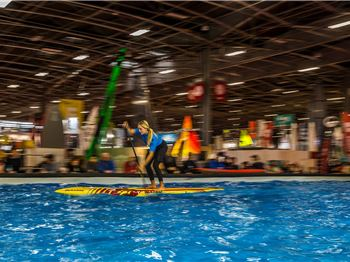 Indoor SUP racing in Paris - Stand Up Paddle News